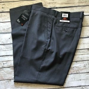 Dockers NWT Medium Gray Straight Fit Pants 36x29